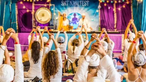 20180515_yogajournal_satnamfest